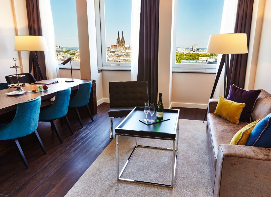 Steigenberger Hotel Cologne – executive rooms, living rooms