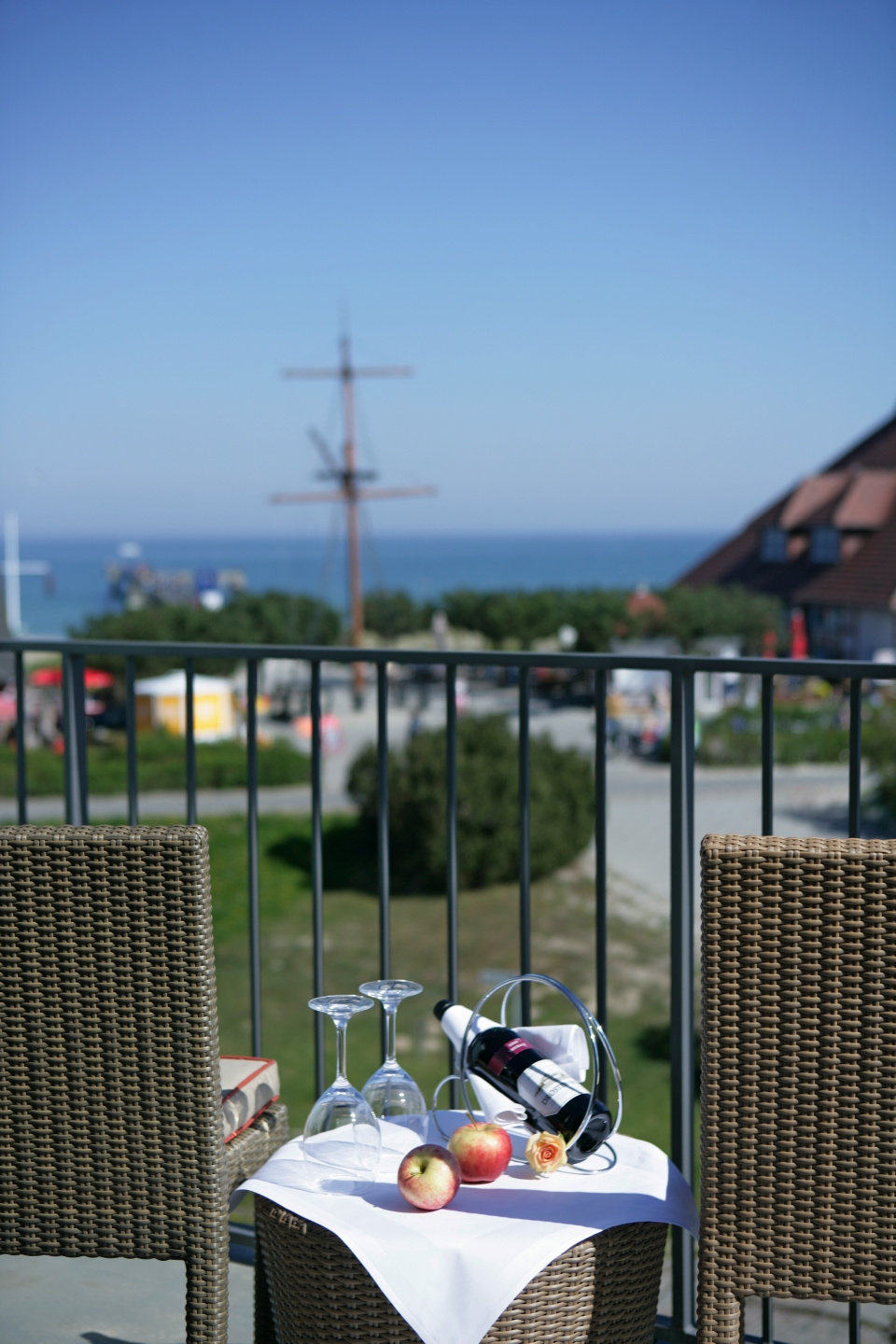 Terasse Steigenberger Strandhotel and Spa Zingst - Girl Friends Package