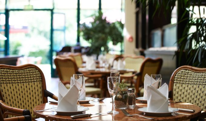 Maxx Hotel Jena - Restaurant with winter garden