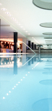 Indoor-Pool Steigenberger Airport Hotel Frankfurt - Pools