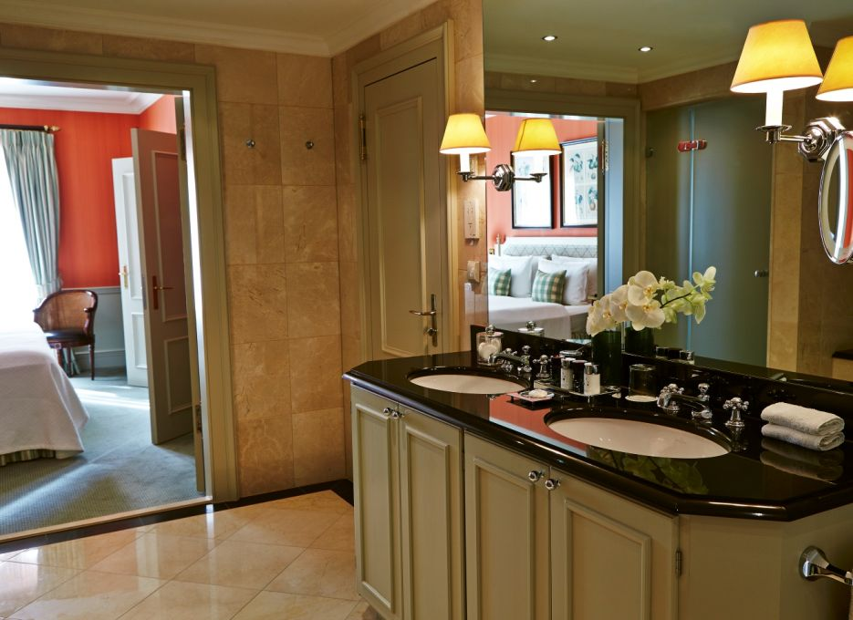 Studio Suite in Frankfurt - Steigenberger Frankfurter Hof, bathroom