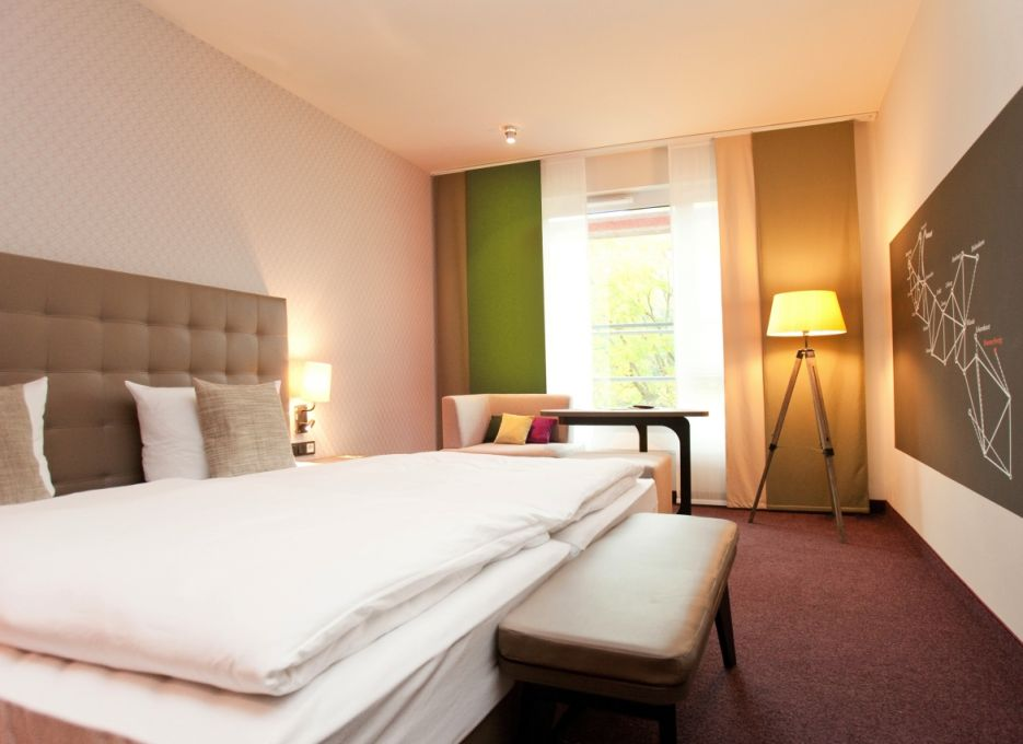 Superior room in Brunswick - Steigenberger Parkhotel Braunschweig, bed