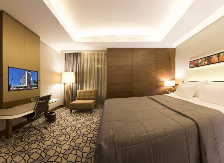 Steigenberger Airport Hotel, Istanbul - Master Suite bedroom