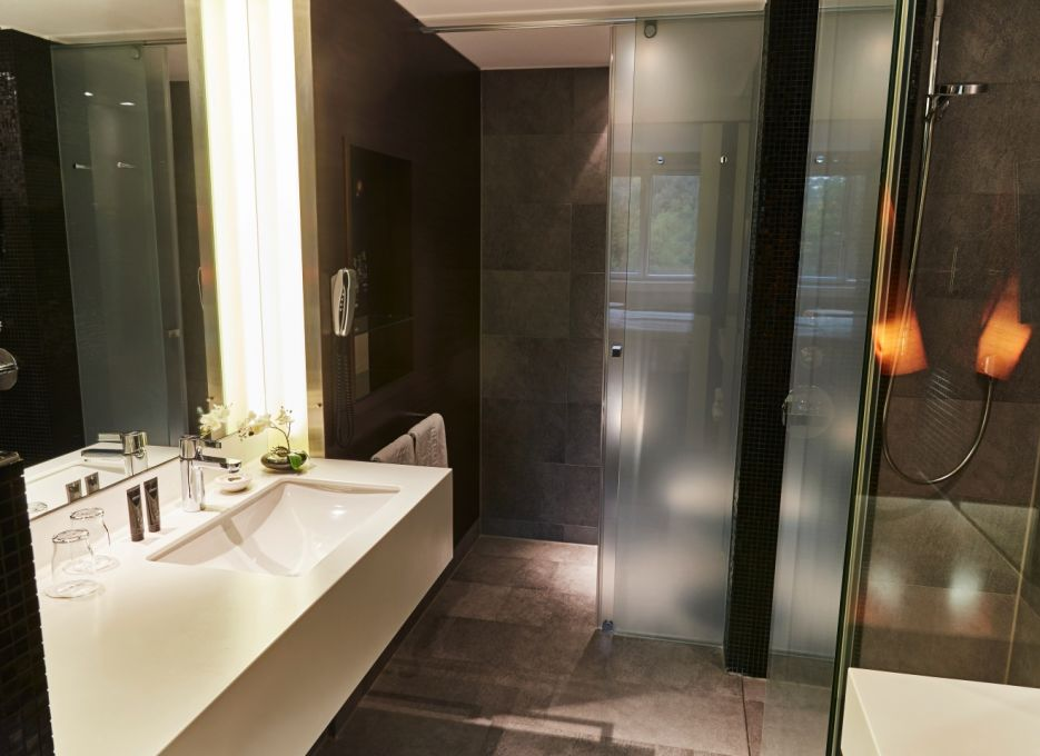 Steigenberger Airport Hotel, Francoforte - Camera Executive, bagno