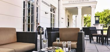 Terrasse der Oyster Bar im Steigenberger Strandhotel and Spa in Zingst