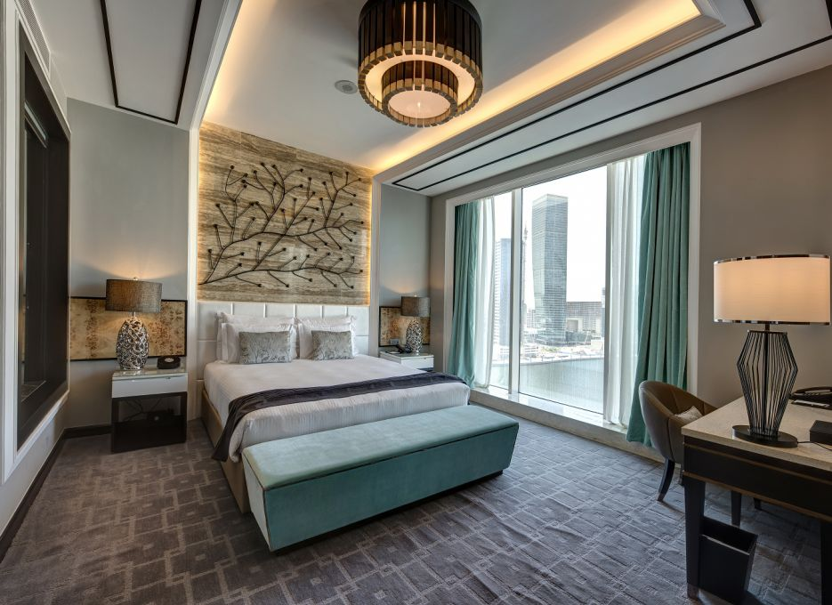 Steigenberger Hotel Business Bay, Dubai - CEO Suite, Bedroom